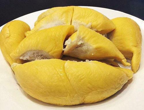 Mách bạn cách chọn sầu riêng ngon, cơm dày, hạt lép