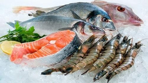 Hải sản: tôm, cua, cá, ...