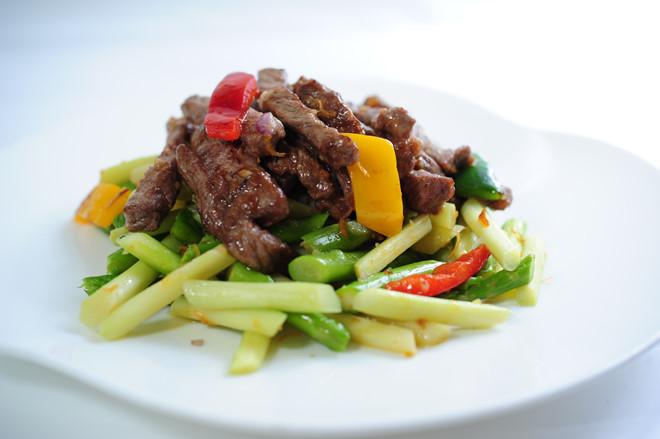 Món ăn bổ dưỡng từ thịt bò và măng tây