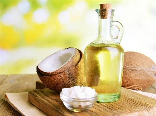 Bí quyết giúp da tay mềm mại bằng dầu dừa