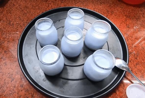sữa chua hoa đậu biếc