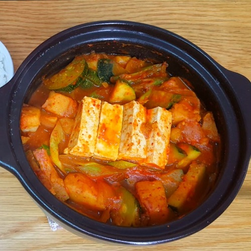 Cách nấu canh đậu tương Hàn Quốc siêu đơn giản