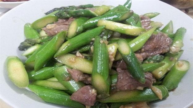 Thịt bò xào măng tây – Cách làm món măng tây xào thịt bò ngon lạ miệng