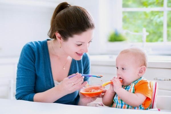 Thực đơn cho bé dưới 1 tuổi theo từng tháng đầy đủ dinh dưỡng nhất